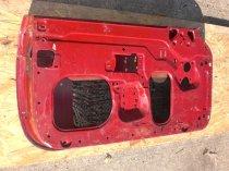 Entlackung von Autoteilen mit Wasserhöchstdruckstrahlen - vorher